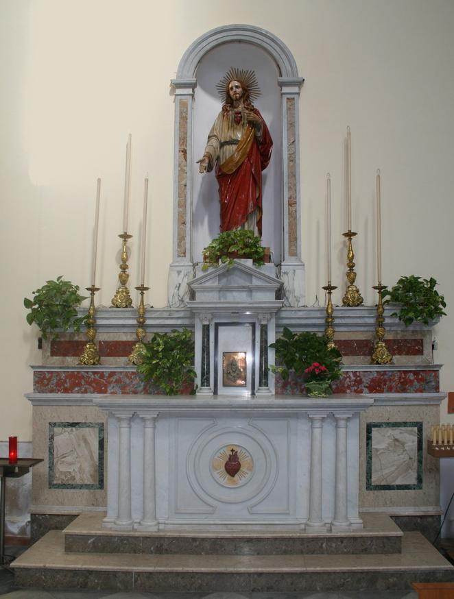Altare Sacro Cuore